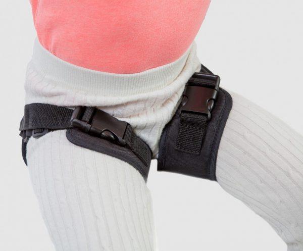 Ремни разводящие бедра для колясок Akcesmed