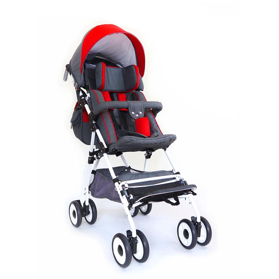 Конструкция кресла была сделана из алюминия и стали с порошковым покрытием, благодаря чему коляска имеет высокую надежность (для детей до 30 кг) при сохранении уникальной легкости (вес коляски без подставки для ног 8 кг). Коляска «растет» вместе с ребенком возможно удлинение сидения на 4 см (убираются боковые вкладыши), удлинение спинки на 10 см.